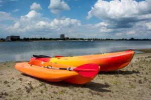 Begeleiding bij windsurf- en zeillessen
